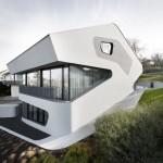 German house shaped like dinosaur head
