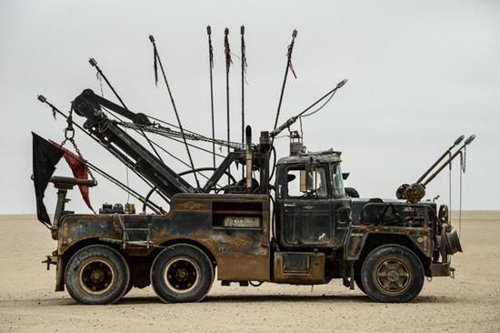 Mad Max: Fury Road's Mack is a 1950's-era Mack tow truck
