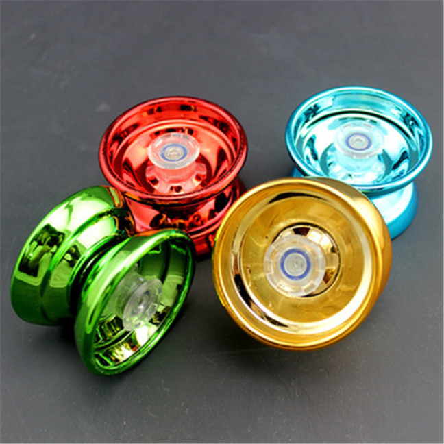 Aluminum yo-yo - Speed yo-yo with precision bearings and pro string
