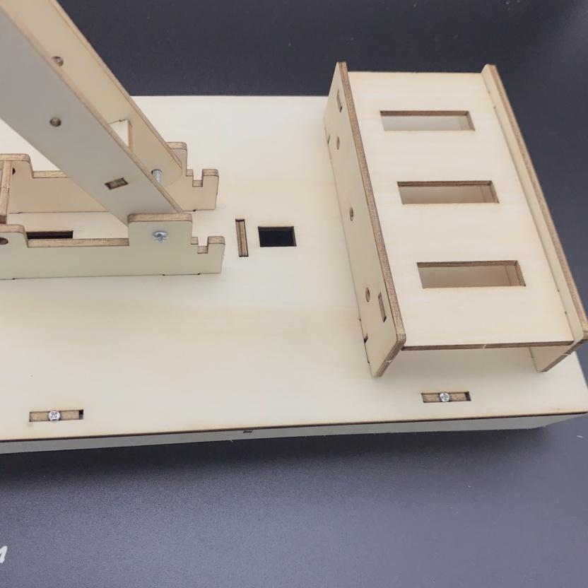 Hydraulic excavator wooden model kit - hydraulic principles demonstration empty hydro