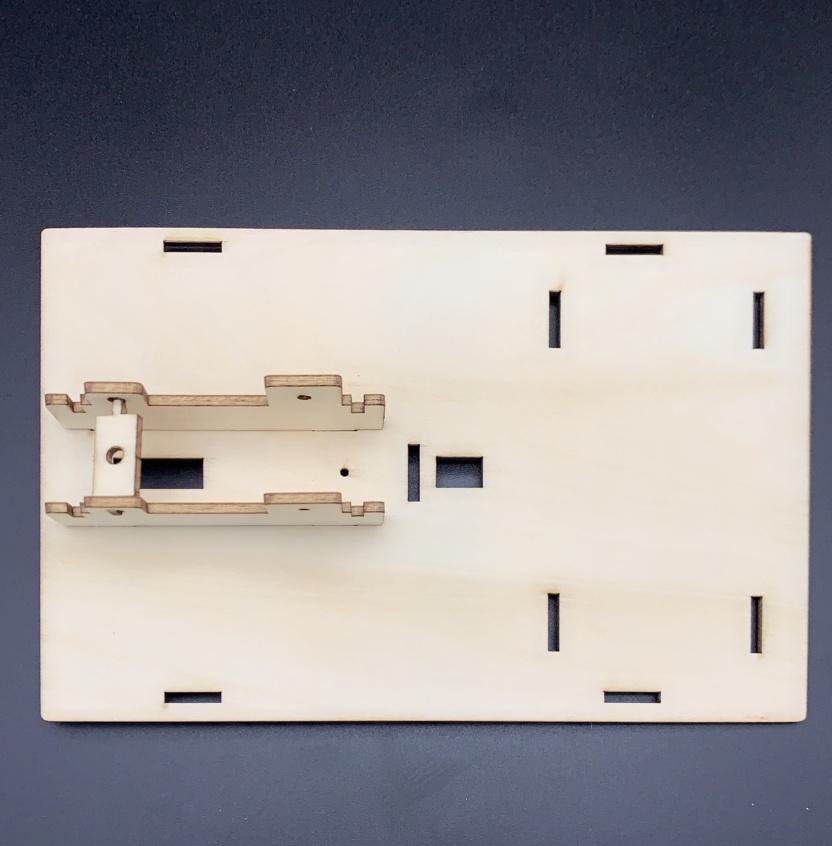 Hydraulic excavator wooden model kit - hydraulic principles demonstration Step 2
