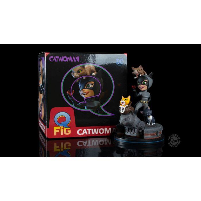 Batman: The Animated Series Catwoman Q-Fig Elite Everstone Polymer Statue with box