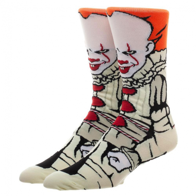 It Pennywise socks - Bioworld IT Pennywise 360 Character Crew Socks worn