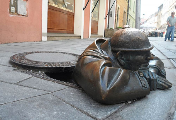 Cumil the Sewer Worker - by Viktor Hulik (Bratislava, Slovakia)