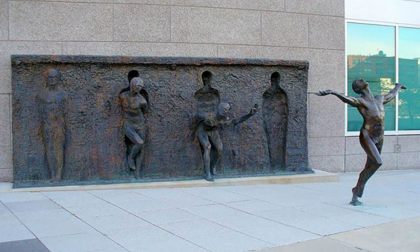 Freedom - by Zenos Frudakis (Philadelphia, Pennsylvania)