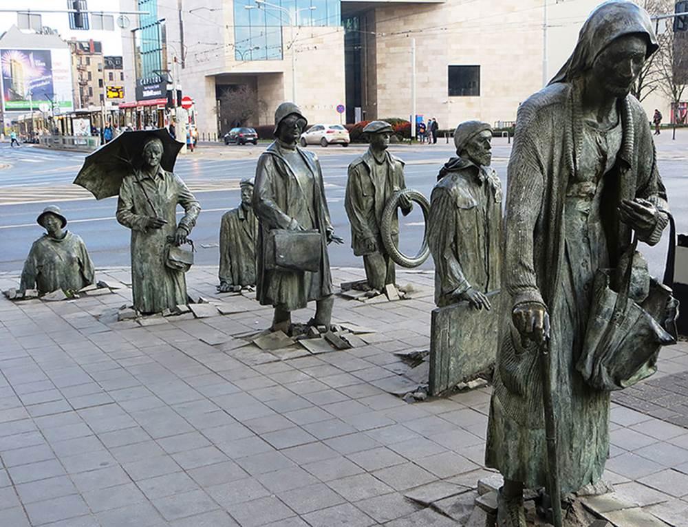 Passage - by Jerzy Kalina (Wroclaw, Poland)