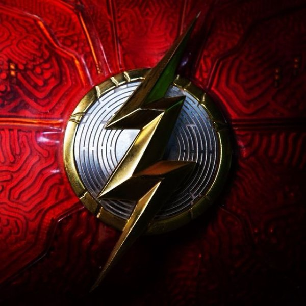 Andy Muschietti The Flash logo