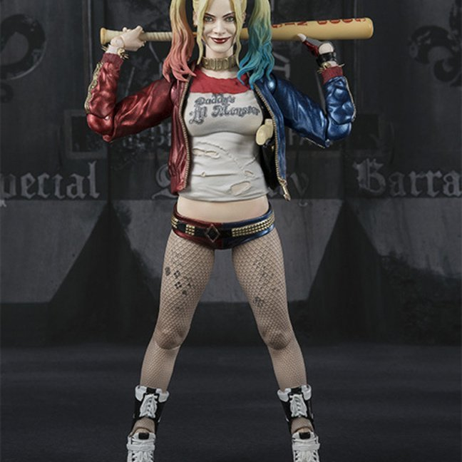 Harley Quinn 6-inch figure with exchangeable parts and accessories front with bat