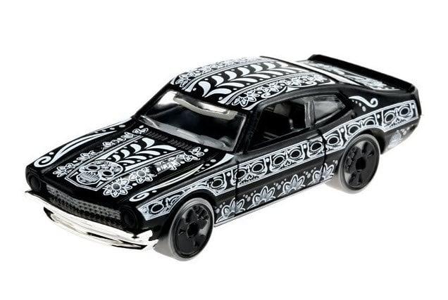 Hot Wheels Halloween Day of The Dead '71 Maverick Grabber