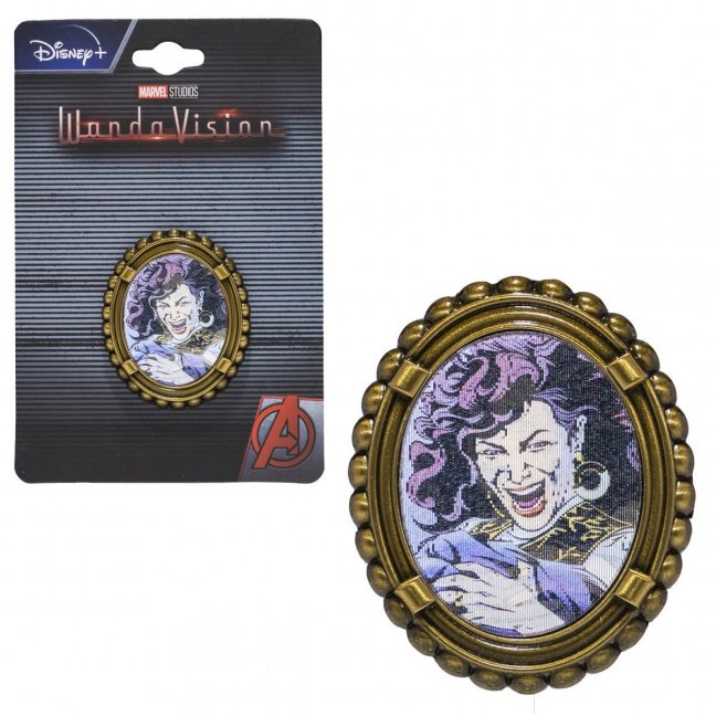 Entertainment Earth Exclusive WandaVision Agatha Harkness Lenticular Pin on card laughing