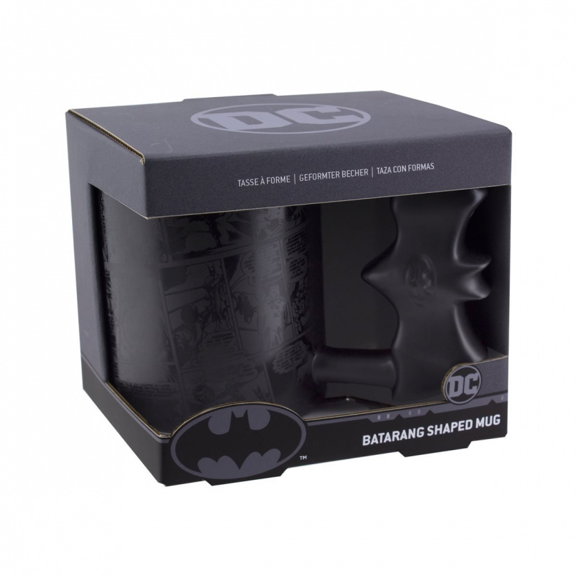 Batman Batarang-shaped cup - 15 oz Batman mug in box corner